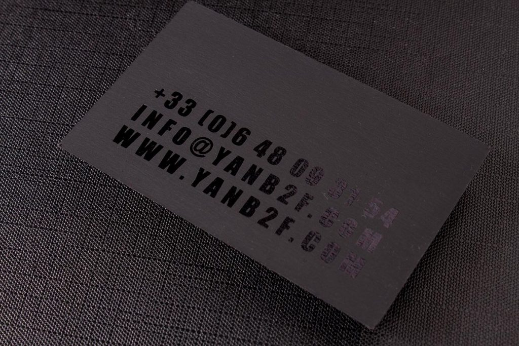 2-sided Spot UV Business Cards 1   Luxury Printing