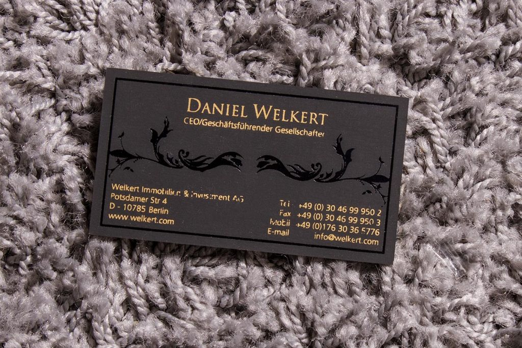 2-sided Spot UV Business Cards 3   Luxury Printing